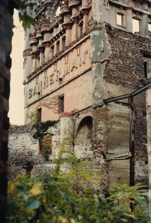 Bannermans_Edited-Cropped-Set_12_CastleName